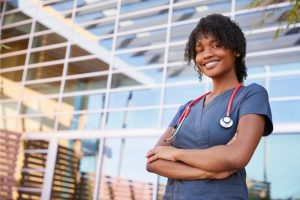 How can you become a travel nurse